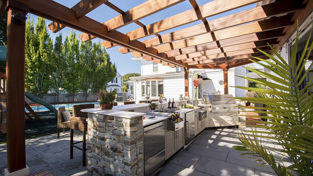 Outdoor Kitchen – Fall River, MA